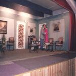 Nieuw Ophasselts Toneel - Help mijn dochter zoemt (1990)